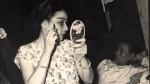 Nghệ sĩ Phùng Há đang hóa trang - Ảnh tư liệu gia đình