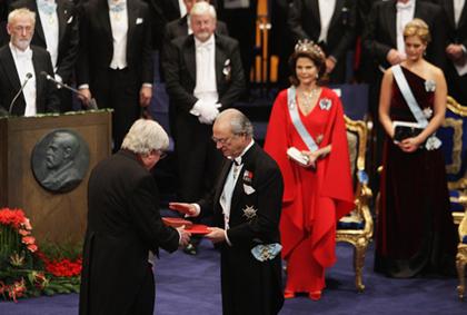 Lễ trao giải Nobel thường được tổ chức trang trọng, với sự tham gia của Hoàng gia Thụy Điển. Ảnh: Zimbio.