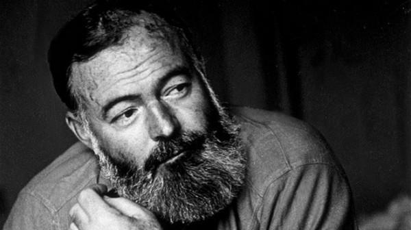 Ernest Hemingway đã viết tới gần 50 cái kết cho Giã từ vũ khí - Ảnh Getty Images