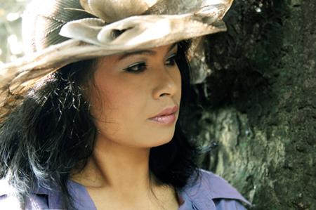 Nhà văn Trầm Hương