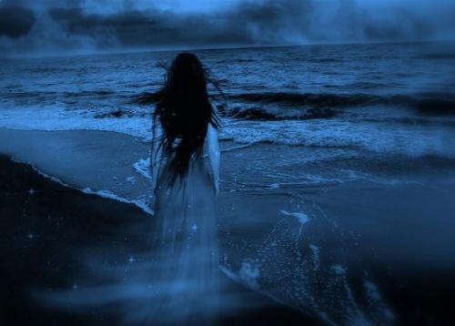 """Cần xem lại nội dung phản cảm của bài thơ """"Tôi đã từng đến biển"""""""