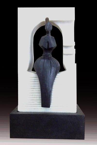 Chào mừng 82 năm Ngày thành lập Đoàn TNCSHCM 26/3/1932 – 26/3/2013, sinh viên khoa điêu khắc trường Đại học Mỹ thuật TP HCM đã tổ chức Triển lãm điêu khắc truyền thống lần XIII. Triển lãm được tổ chức lần đầu tiên vào năm 2001, đến nay đã diễn ra được 12 năm và đã trở thành 1 hoạt động sáng tác có uy tín trong việc học và sáng tạo của trường.